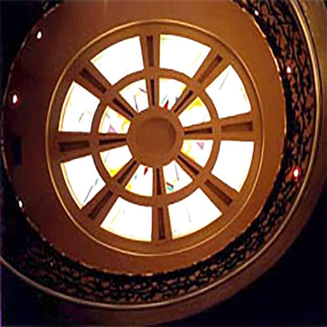 Trần tranh kính nghệ thuật – M04