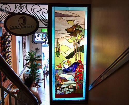 Tranh kính màu ghép nhà hàng phố Lý Thường Kiệt