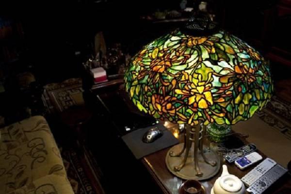Khách hàng và những mẫu đèn Tiffany quý giá