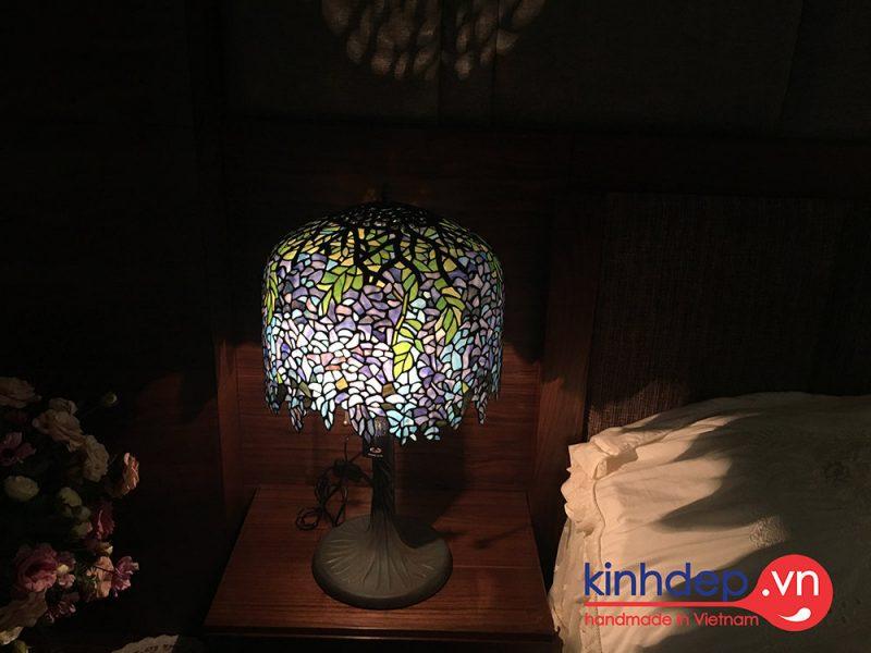 Mẫu đèn Tiffany Wisteria - Cây Đậu Tía nổi tiếng thế giới
