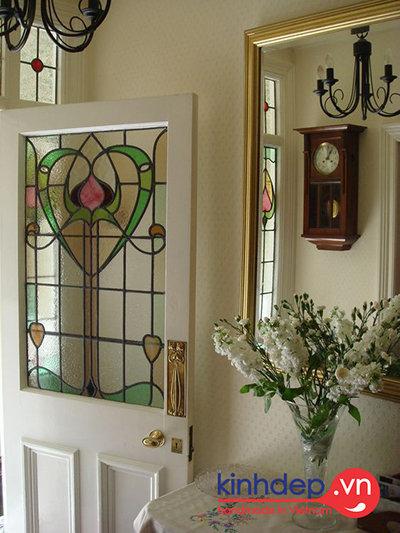 Vẻ đẹp sang trọng của thiết kế cửa với kiến trúc hiện đại