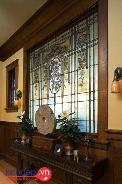 Góc thiết kế sang trong với nghệ thuật kính màu ghép cổ điển