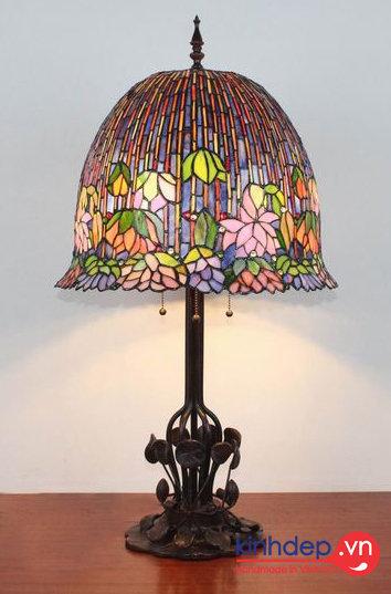 Mẫu đèn ngủ Tiffany - Flowering Lotus Lamp