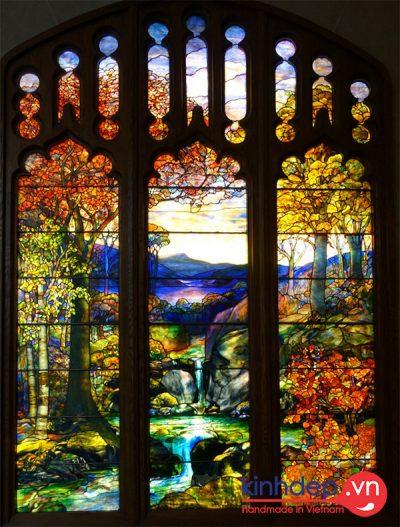 Tác phẩm tranh kính phong cảnh nổi tiếng của Tiffany - Autumn Landscape