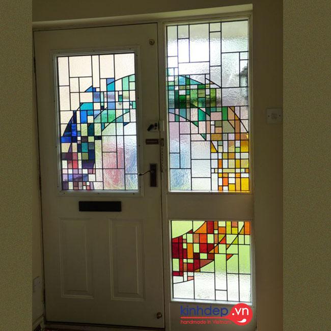 Mẫu cửa kính nghệ thuật – V21