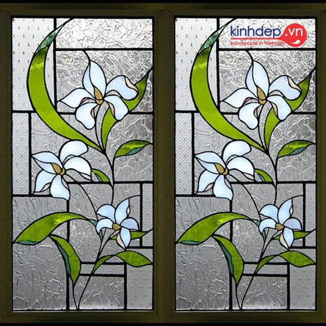 Cửa kính nghệ thuật V45 - Những bông hoa khoe sắc