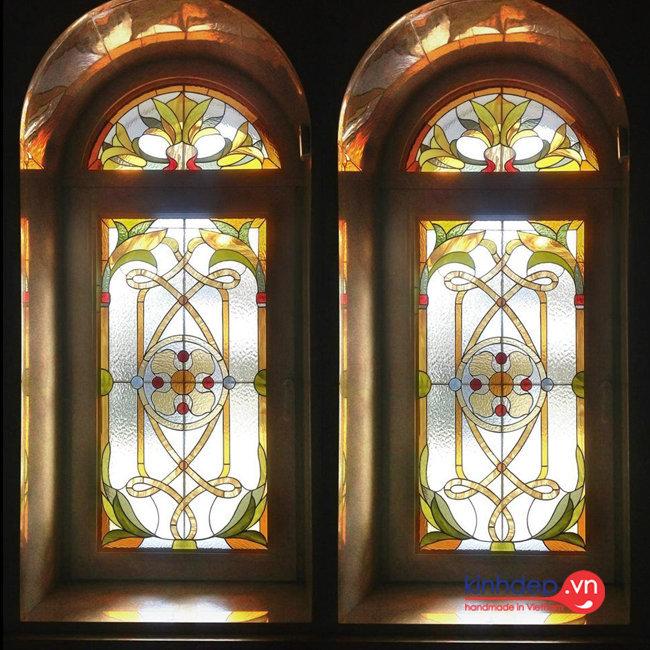 Cửa sổ kính nghệ thuật – V47