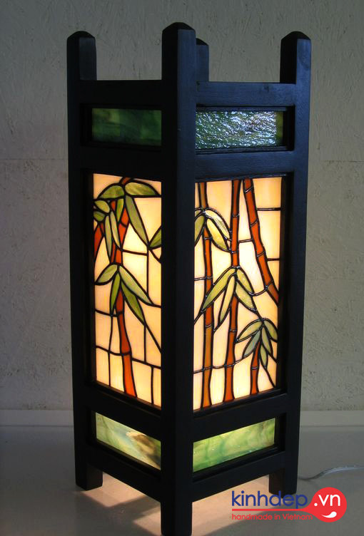 Mẫu đèn bàn Tiffany - Mẫu đèn tranh kính màu đẹp