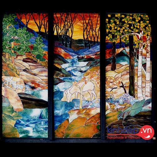 Mẫu cửa sổ kính nghệ thuật – V19