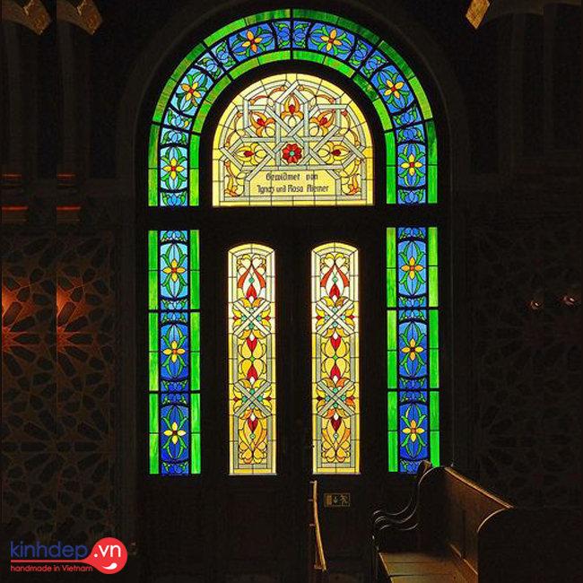 Mẫu tranh kính nhà thờ – V23