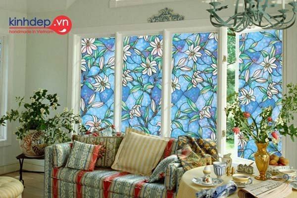 Tranh kính nghệ thuật cho không gian nội thất nhà đẹp
