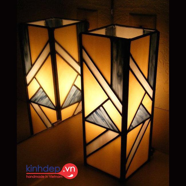Mẫu đèn bàn Tiffany – T22KD