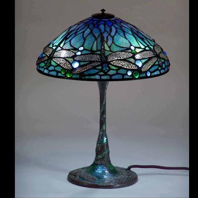 Mẫu đèn bàn Tiffany – Mẫu đèn Tiffany chuồn chuồn T41KD