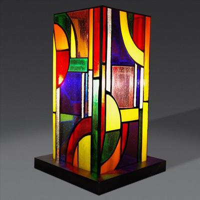 Mẫu đèn bàn Tiffany lập phương màu sắc nổi bật T44 KD