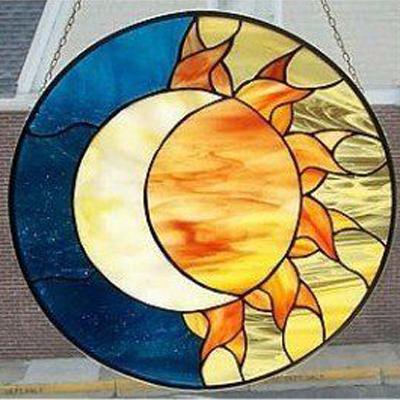 Mẫu tranh kính decor mặt trời mặt trăng D43